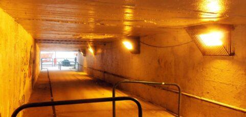 Nova iluminação na passagem Subterrânea